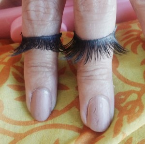 falsies-huda lashes-pinkygoat lashes- how to apply false lashes- 107.6.155.74/~veenazki