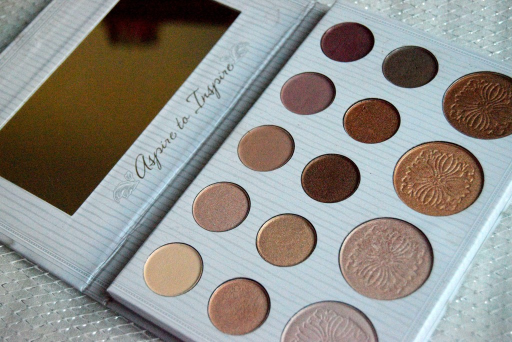 bh cosmetics- carli by bel palette- highlighters for all skin type