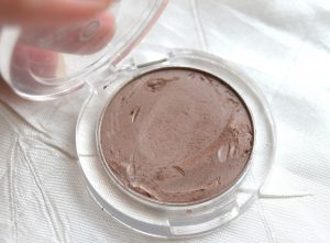 Essence Triple Choc