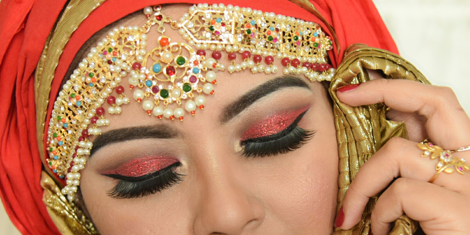 Dewy Look with Red Glitter for Valentines